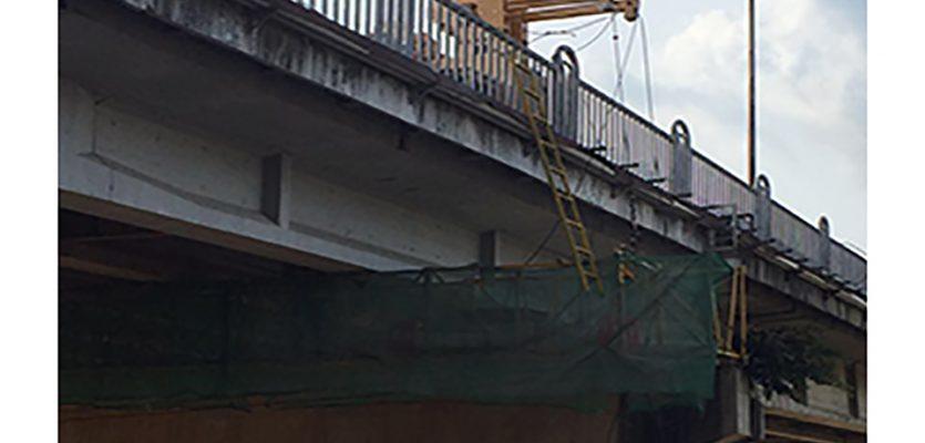 桥梁加固维护车