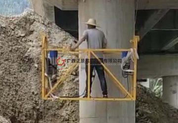 贵州榕江高速大桥桥梁雨水管安装