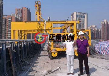 东莞虎门二桥防撞墙模板与下水管安装