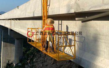高速桥梁雨水管安装方法/设备